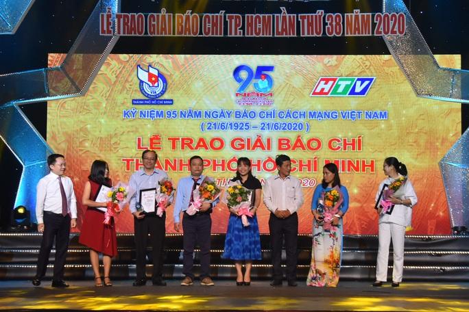 Báo Người Lao Động nhận 8 giải báo chí TP HCM - Ảnh 5.