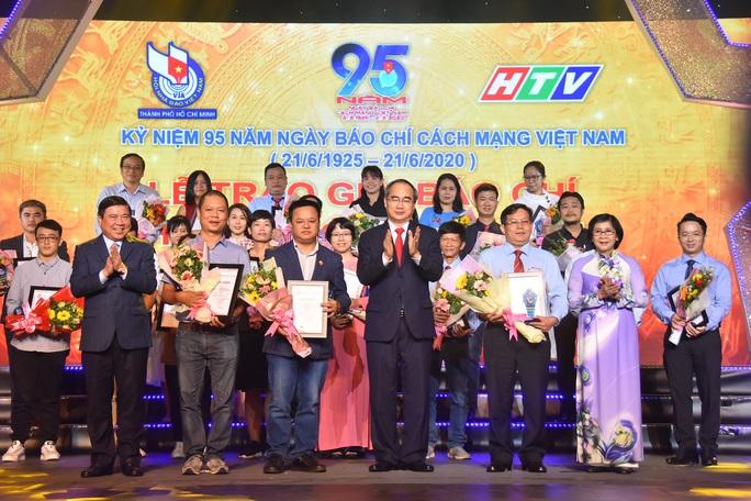 Báo Người Lao Động nhận 8 giải báo chí TP HCM - Ảnh 6.