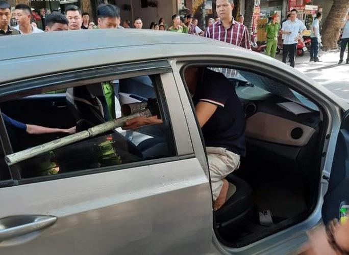 Bắt nghi phạm đi ôtô thò súng bắn vỡ hàm đại ca đất Cảng - Ảnh 1.