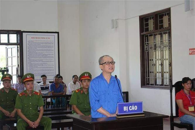 Tung tin chống phá Nhà nước, lãnh 6 năm tù - Ảnh 1.
