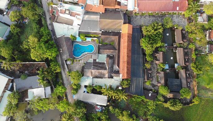 Tiếp tục cưỡng chế tổ hợp 7.000 m2 Gia Trang quán- Tràm Chim resort - Ảnh 1.