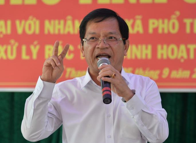 Bộ Chính trị cho thôi chức Bí thư Tỉnh ủy Quảng Ngãi với ông Lê Viết Chữ - Ảnh 1.