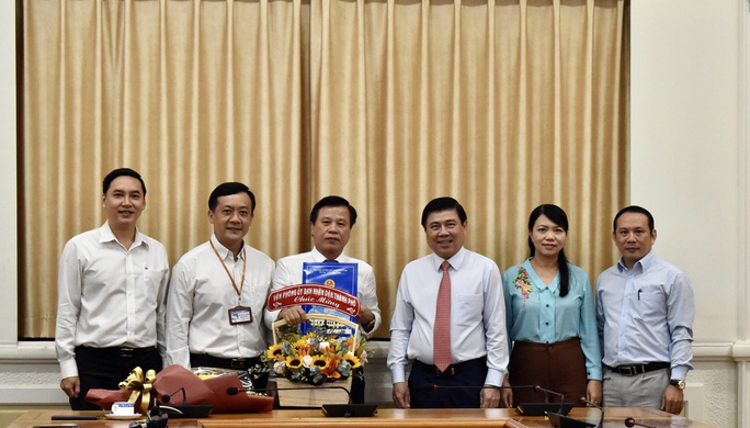 Phó Chánh Văn phòng UBND TP HCM được bổ nhiệm làm giám đốc một trung tâm - Ảnh 3.