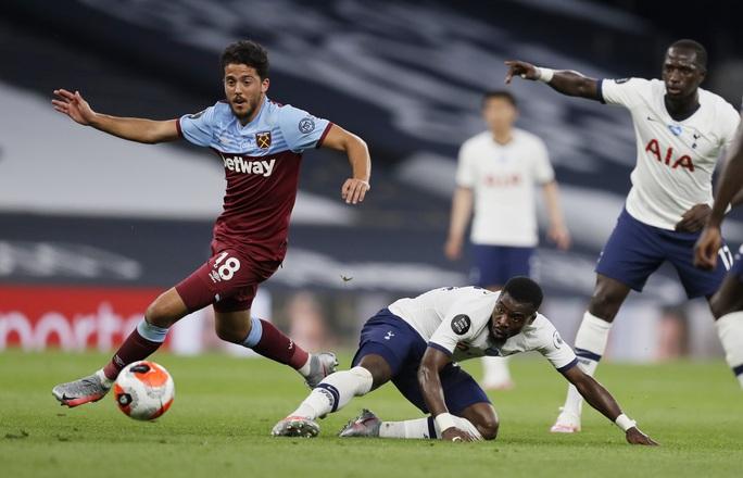Harry Kane tỏa sáng, Tottenham cảnh báo sân cỏ Ngoại hạng - Ảnh 1.