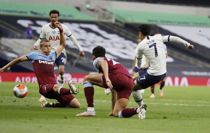 Harry Kane tỏa sáng, Tottenham cảnh báo sân cỏ Ngoại hạng - Ảnh 3.