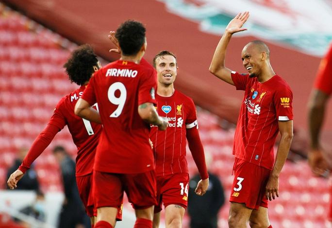 Liverpool vùi dập Crystal Palace, chờ Man City dâng ngôi vương - Ảnh 5.