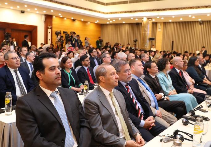 Thủ tướng: Việt Nam quan ngại những hành vi vi phạm luật pháp quốc tế - Ảnh 9.