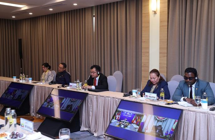 Thủ tướng: Việt Nam quan ngại những hành vi vi phạm luật pháp quốc tế - Ảnh 13.