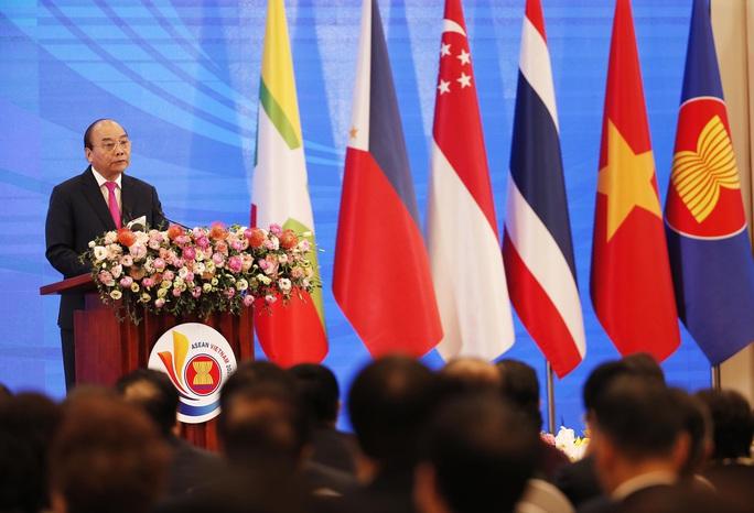 Thủ tướng: Việt Nam quan ngại những hành vi vi phạm luật pháp quốc tế - Ảnh 8.