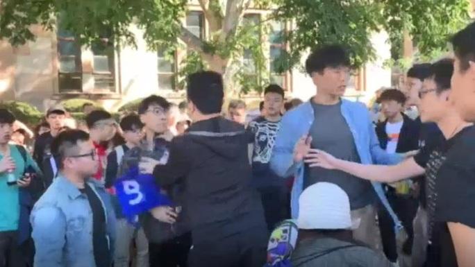 """Tổng lãnh sự Trung Quốc """"gặp hạn"""" vì sinh viên Úc ủng hộ Hồng Kông - Ảnh 2."""