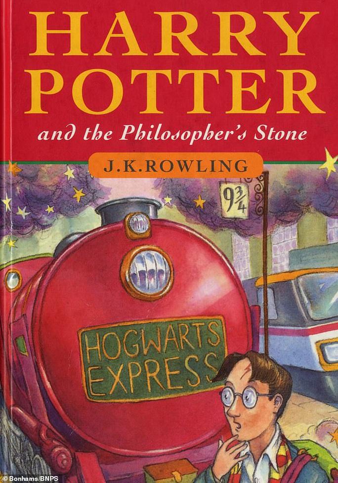 """Sau 23 năm ra mắt, """"Harry Potter"""" được báo Triều Tiên khen ngợi - Ảnh 1."""