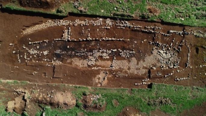 Choáng váng 2 thế giới cổ đại nằm chồng lên nhau, ngập đầy châu báu - Ảnh 1.