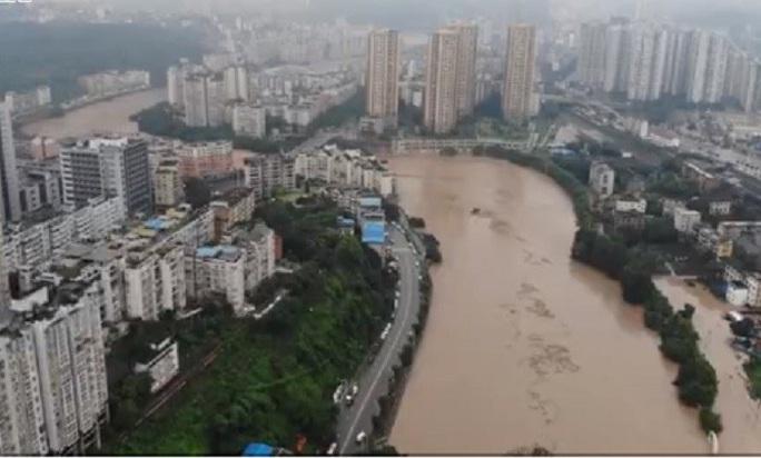 Trung Quốc: Lũ lụt lan tới 26 tỉnh, 81 người chết hoặc mất tích - Ảnh 3.