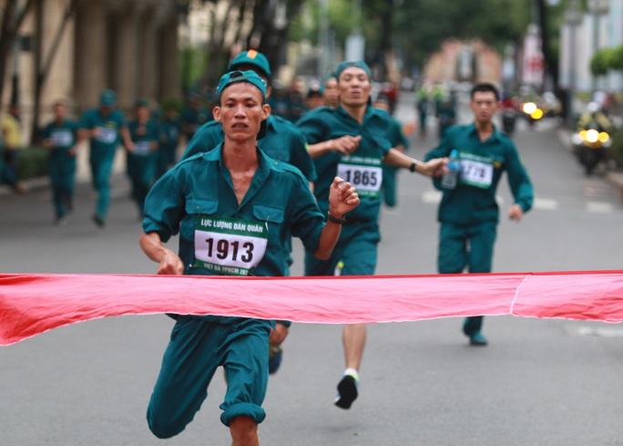 Quận 1 vô địch Giải Việt dã truyền thống TP HCM 2020 - Ảnh 5.
