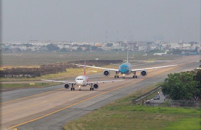 Hơn 4.000 tỉ đồng nâng cấp đường băng sân bay Nội Bài, Tân Sơn Nhất - Ảnh 2.