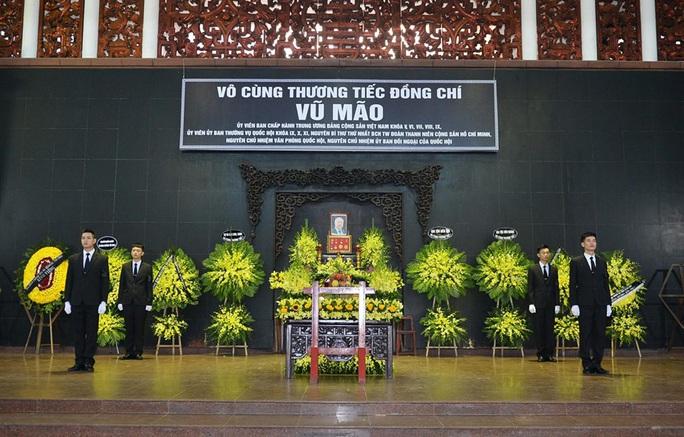 Chủ tịch Quốc hội, Thủ tướng Chính phủ viếng ông Vũ Mão - Ảnh 1.