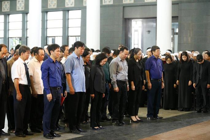 Chủ tịch Quốc hội, Thủ tướng Chính phủ viếng ông Vũ Mão - Ảnh 8.