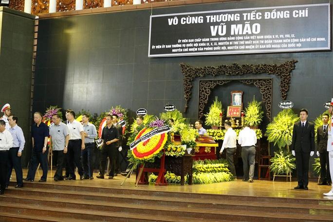 Chủ tịch Quốc hội, Thủ tướng Chính phủ viếng ông Vũ Mão - Ảnh 9.