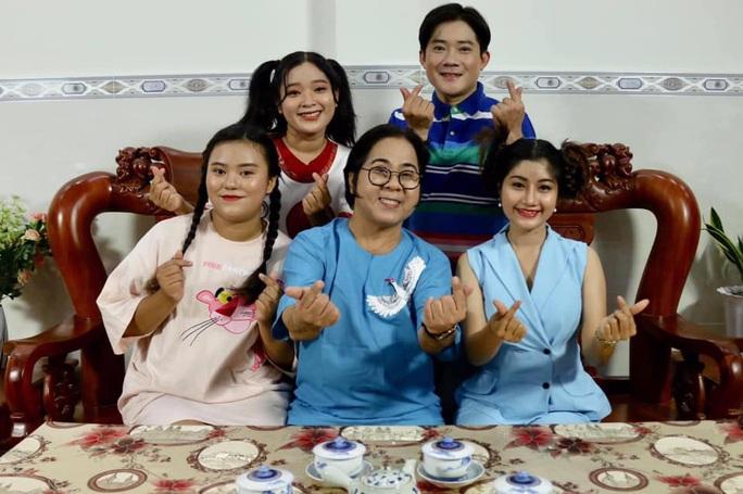 Nghệ sĩ Bạch Long ra mắt chương trình Thằng Bờm kể chuyện xưa - Ảnh 1.