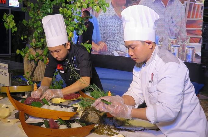 Thưởng thức những món tuyệt vời từ cá ngừ đại dương qua bàn tay các đầu bếp nổi tiếng - Ảnh 1.