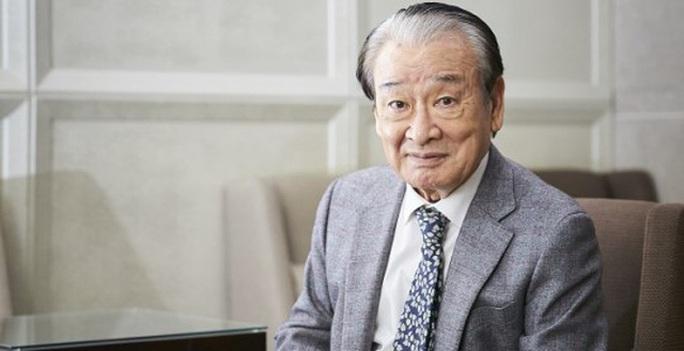 Ông nội quốc dân Hàn Quốc lên tiếng việc bắt quản lý đi đổ rác - Ảnh 1.
