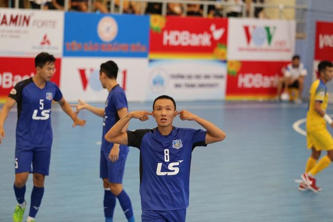 Đánh bại chủ nhà, Thái Sơn Nam giành ngôi đầu bảng VCK Futsal HDBank VĐQG 2020 - Ảnh 2.