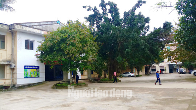 Quảng Bình: Điều tra nhóm người đầu trọc xông vào bệnh viện hành hung bệnh nhân - Ảnh 1.