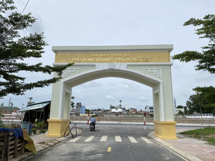 Điểm mặt cán bộ sai phạm trong kết luận phân lô, bán nền ở Thuận An - Bình Dương - Ảnh 2.