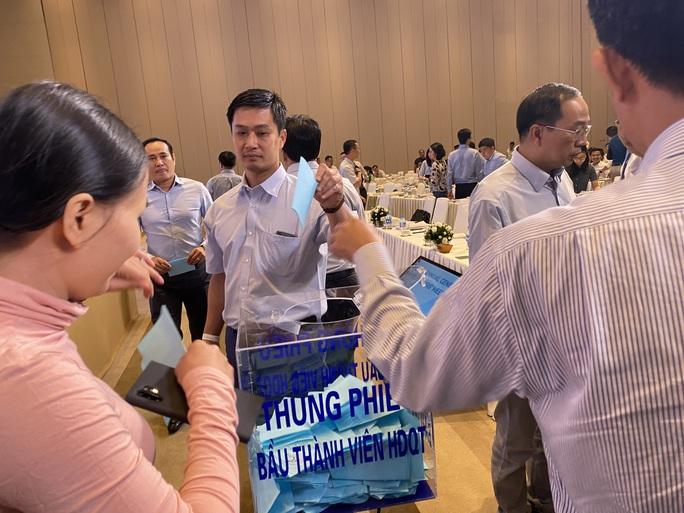 Đại hội cổ đông Coteccons, Chủ tịch HĐQT Nguyễn Bá Dương xin lỗi - Ảnh 1.