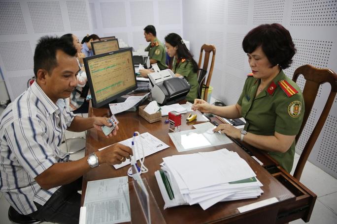 Nhiều luật có hiệu lực từ 1-7 liên quan công chức, viên chức, người lao động