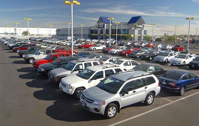 EuroCham đề nghị giảm 50% phí trước bạ với cả ôtô nhập khẩu - Ảnh 1.