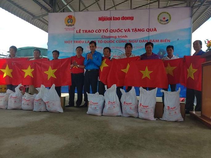 Báo Người Lao Động ký kết hợp tác với LĐLĐ tỉnh Tiền Giang - Ảnh 3.