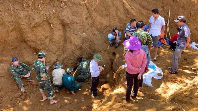 Quảng Nam: Phát hiện hố chôn tập thể 17 chiến sĩ đặc công hi sinh 50 năm trước - Ảnh 1.