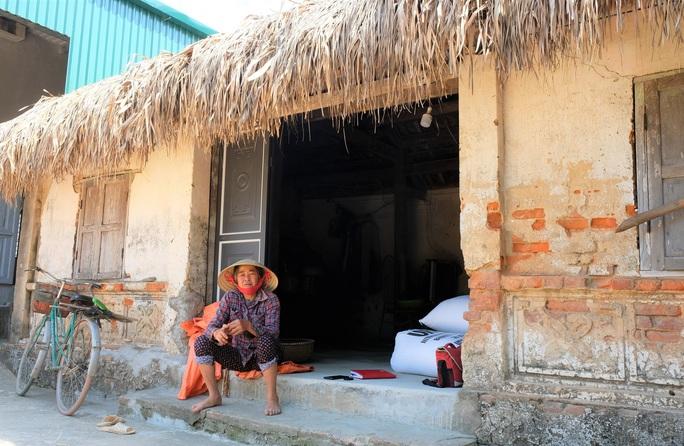 Bí thư, trưởng thôn của 5 thôn trong xã có 6 thôn lọt vào hộ cận nghèo - Ảnh 2.