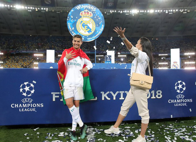 Chia tay Real Madrid, thợ săn danh hiệu Ronaldo được gì, mất gì? - Ảnh 1.