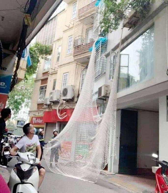Nghi phạm dùng búa tấn công 2 chị em trong quán cà phê ở Bình Thuận đã bị bắt tại Hà Nội - Ảnh 1.