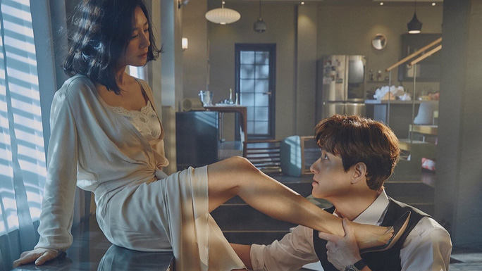 Sao nữ phim ngoại tình 19+ thắng giải Baeksang 2020 - Ảnh 2.