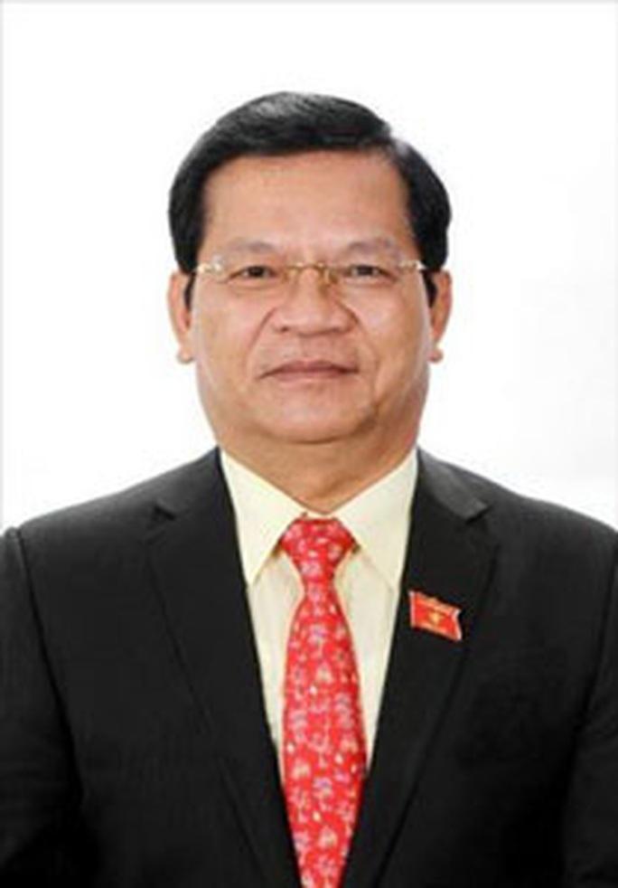 Đề nghị Bộ Chính trị kỷ luật Bí thư Tỉnh ủy Quảng Ngãi - Ảnh 2.