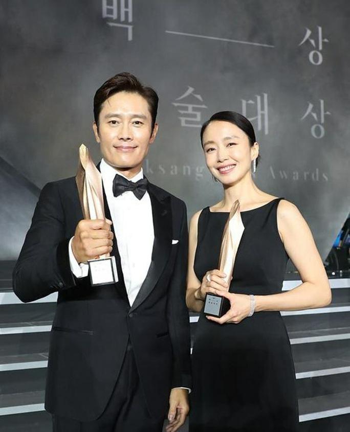 Sao nữ phim ngoại tình 19+ thắng giải Baeksang 2020 - Ảnh 5.