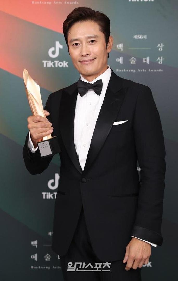 Sao nữ phim ngoại tình 19+ thắng giải Baeksang 2020 - Ảnh 3.