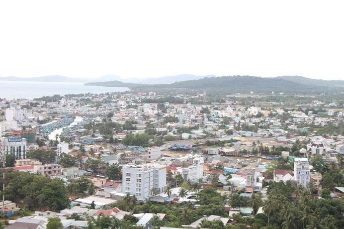 Kiên Giang lấy ý kiến cử tri về thành lập TP Phú Quốc - Ảnh 1.