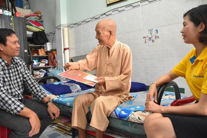 Mai Vàng nhân ái thăm NSƯT Lê Trường Tiếu, biên kịch Lê Khanh - Ảnh 2.