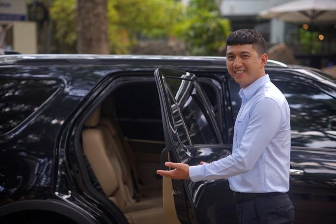 Trải nghiệm xe du lịch riêng với hướng dẫn viên chuyên nghiệp kiêm tài xế - Ảnh 3.