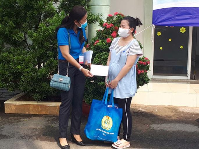 Thiết thực Ngày hội công nhân Tân Phú với môi trường xanh - Ảnh 1.