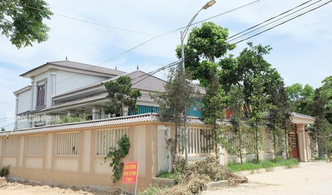 Bất ngờ với những ngôi nhà của hộ cận nghèo ở xã có 712 hộ cận nghèo - Ảnh 14.
