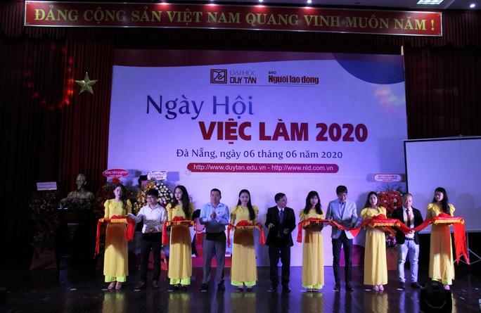 Hơn  2.000 vị trí tuyển dụng tại Ngày hội việc làm Đà Nẵng 2020 - Ảnh 1.