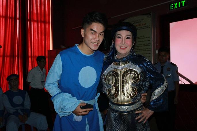 Trinh sát Nguyễn Phi Long cảnh báo án mạng ngay bên cạnh mình - Ảnh 6.