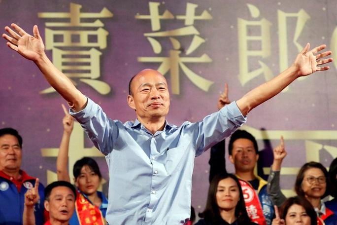 Đài Loan: Thị trưởng Cao Hùng mất chức, phát ngôn viên thành phố rơi từ tầng 17 tử vong - Ảnh 3.
