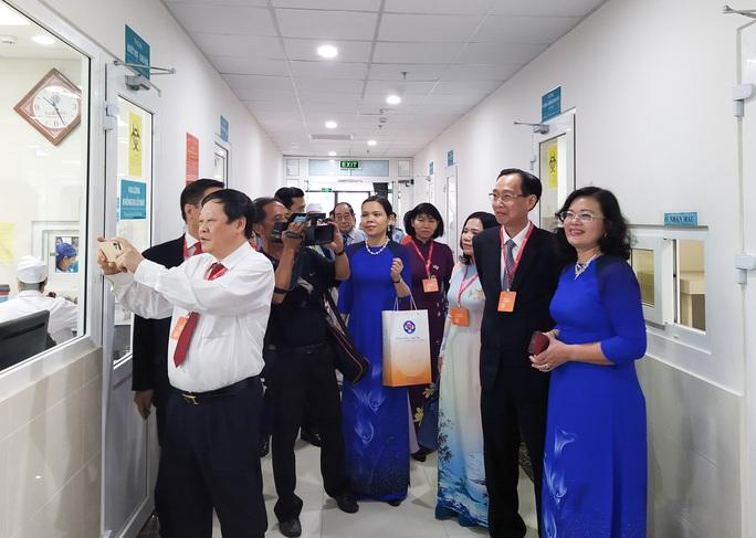 Khu điều trị 5 sao của Bệnh viện Hùng Vương có gì? - Ảnh 4.