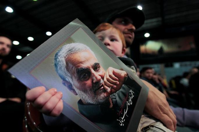 Iran kết án tử kẻ bắn tin về tướng Soleimani cho Mỹ - Ảnh 1.